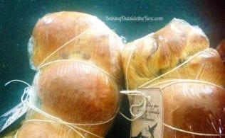 1 hour cinnamon bread mummies for gift-giving