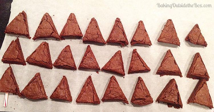 Christmas Tree Brownies ~ Baking Outside the Box