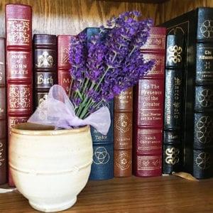 ribbon_tied_fresh_lavender_1207_x_1200